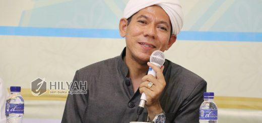 Tanya Jawab Hukum Islam Habib Segaf bin Hasan Baharun, Dialog Interaktif Seputar Syari'at Islam